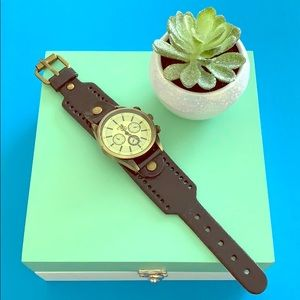 Accessories - EUC Leather Watch